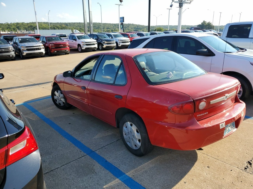 Pre-Owned 2003 Chevrolet Cavalier Base
