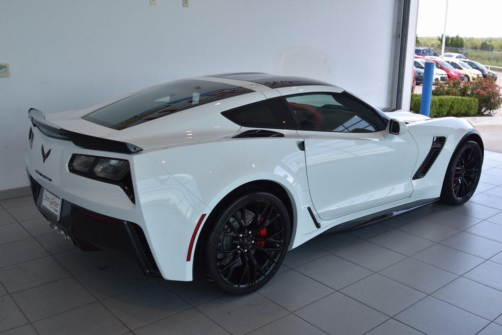 New 2018 Chevrolet Corvette Z06