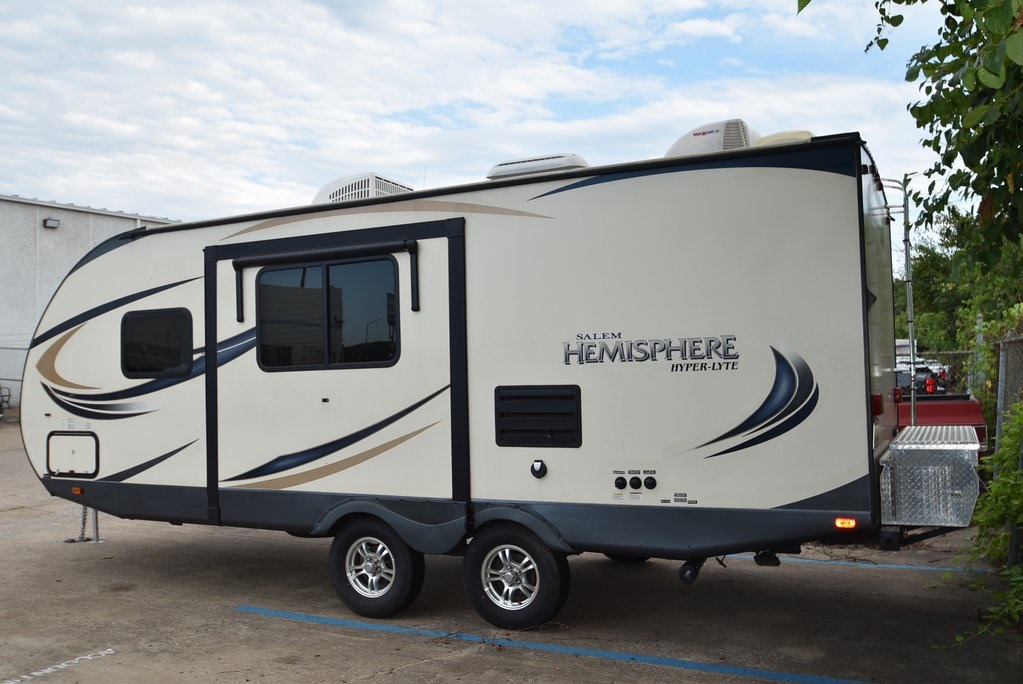 Pre-Owned 2016 Hemisphere Hyperlite 23RB